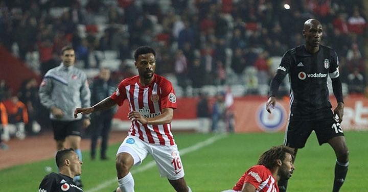 Tip bóng đá trận Besiktas vs Antalyaspor – 00h00 - 22/03/2020 – Giải VĐQG Thổ Nhĩ Kỳ