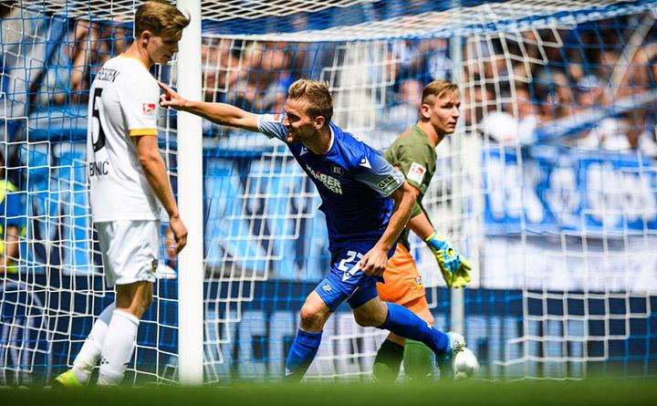 Tip bóng đá trận Hannover 96 vs Karlsruher SC – 23h30 - 27/05/2020 – Giải Hạng 2 Đức