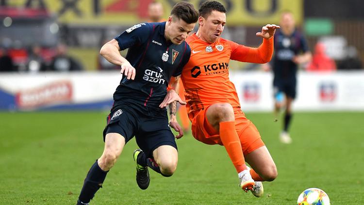Tip bóng đá trận Pogon Szczecin vs Zaglebie Lubin – 01h30 - 30/05/2020 – Giải VĐQG Ba Lan