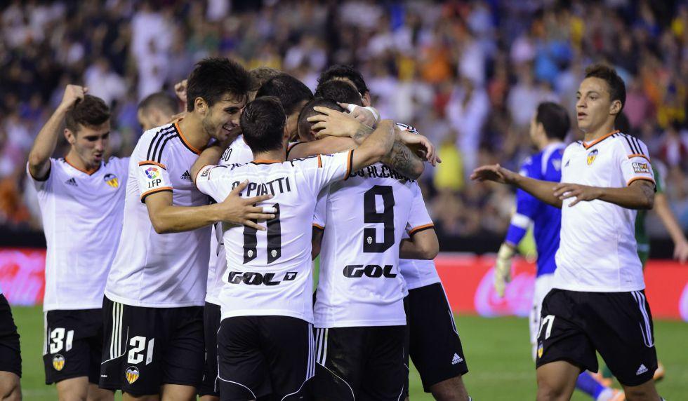tip-bong-da-tran-Valencia-vs-Deportivo Alavés-–-23h30-02-10-2019-–-giai-hang-nhat-anh-fa (4)