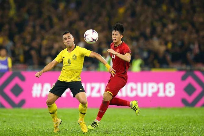 tip-bong-da-tran-Việt Nam-vs-Malaysia-–-20h00-02-10-2019-–-giai-hang-nhat-anh-fa (4)